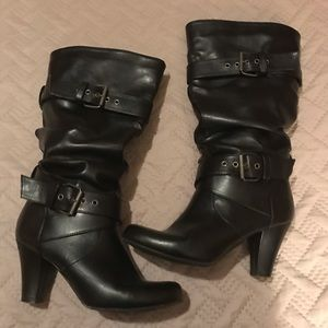 Women's nice black boots